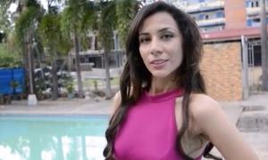 Hoa hậu Iran xin tị nạn vì sợ 'bị giết'