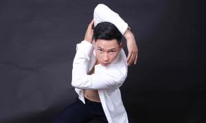 Chàng trai người Thái trở thành thủ khoa kép ngành múa