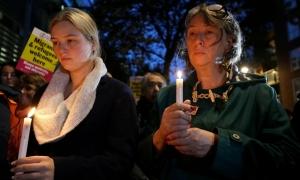 Người Anh cầu nguyện cho 39 nạn nhân