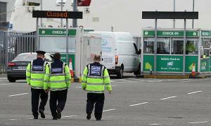 Bắt giữ nghi phạm thứ 5 vụ 39 thi thể trong container