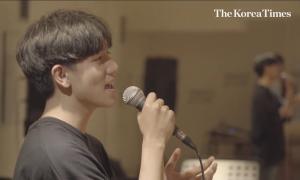 Cuộc sống chỉ có học và tập luyện của chàng trai mơ thành 'thần tượng Kpop'