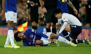 Gomes lên tiếng sau pha va chạm gãy chân với Son Heung-min