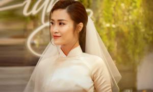 Áo dài cưới của Đông Nhi mất một tháng hoàn thành
