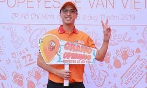 Louis Nguyễn dự lễ khai trương cửa hàng gà rán Popeyes