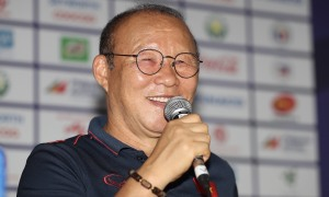 HLV Park: 'Thể lực đã cạn, Việt Nam sẽ đá bằng tinh thần'