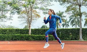 Sao Việt chạy thử giày Ultraboost 20