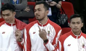 Ngôi sao bóng chuyền Indonesia bị chỉ trích vì giơ 'ngón tay thối'