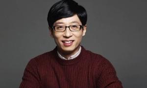 'MC quốc dân' xứ Hàn vướng nghi vấn quấy rối tình dục
