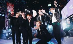 Đỉnh như BTS: Biểu diễn đón năm mới trước hàng triệu khán giả Mỹ