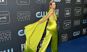 Kristen Bell mặc đồ Công Trí