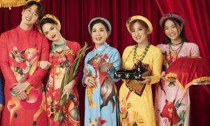 Diễn viên 'Sắc đẹp dối trá' diện áo dài họa tiết chuột