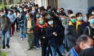 10.000 người xếp hàng 30 tiếng mua khẩu trang ở Hong Kong