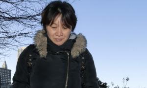 Người mẹ Trung Quốc thừa nhận chạy trường ở Mỹ cho con