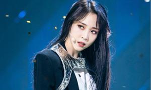 Moon Byul bị chê 'không thể solo' vì trình diễn quá tệ