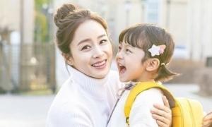Lý do bé trai được chọn vào vai con gái trong 'Hi Bye, Mama'
