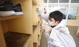 Nhật Bản đóng cửa trường học đến tháng 4