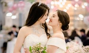 Đám cưới 'đẹp như mơ' của cặp đôi lesbian Hàn Quốc
