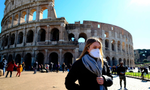 Italy đóng cửa tất cả trường học vì Covid-19 ngày càng phức tạp