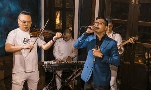 Tuấn Hưng tổ chức đêm nhạc livestream giữa Covid-19