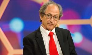 'Covid-19 sẽ sớm kết thúc', giáo sư đoạt giải Nobel dự đoán