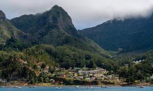 Giới nhà giàu Chile trốn khỏi vùng phong tỏa bằng trực thăng