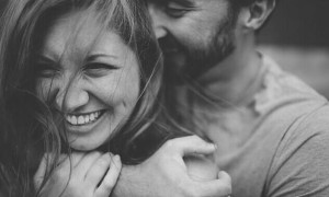 Trắc nghiệm: Liệu có người thứ ba xen vào chuyện tình của bạn không?