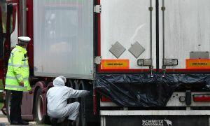 Bắt thêm nghi phạm vụ 39 thi thể người Việt trong container