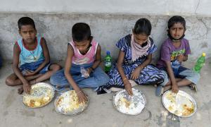 Hơn 2,5 triệu người nhiễm nCoV toàn cầu