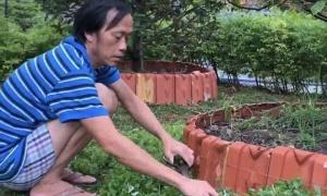 Hoài Linh cháy da vì 4 tháng ở nhà làm vườn