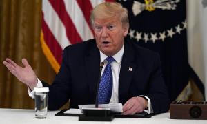 Trump nói 'nhiều ca nhiễm nCoV nhất thế giới cũng là điều tốt'