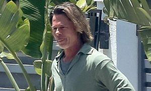 Tài tử Brad Pitt bị chê xuống sắc