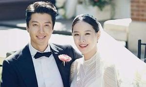 Lee Dong Gun và Jo Yoon Hee ly dị sau 3 năm kết hôn