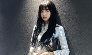 Lisa bị quản lý cũ tại YG lừa 1 tỷ won