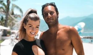 Cặp đôi 'Too Hot to Handle' chia tay vì yêu xa