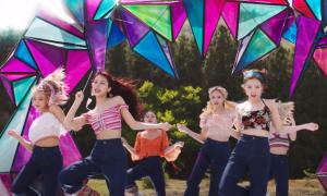 Twice bị tố đạo nhái MV, JYP có pha xử lý 'đi vào lòng người'