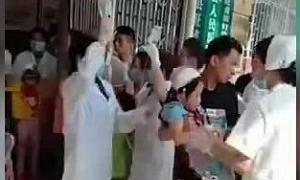 39 người bị thương trong vụ đâm dao trường học ở Trung Quốc