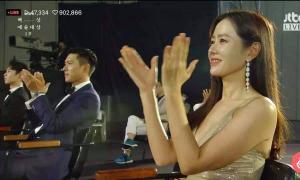 Sân khấu đặc biệt của lễ trao giải Baeksang thời 'giãn cách xã hội'