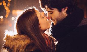 Càng gần gũi, các cặp đôi càng dễ 'nghiện' nhau