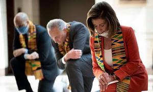 Lãnh đạo Mỹ bị chỉ trích vì đeo khăn Kente ở lễ tang George Floyd