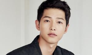 Song Joong Ki bị đồn hẹn hò nữ luật sư sau 1 năm ly hôn