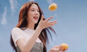 Ji Soo (Black Pink) được ví 'tình đầu quốc dân' trong loạt ảnh mới