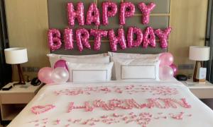 Trấn Thành khiến Hari Won vỡ òa với sinh nhật bất ngờ