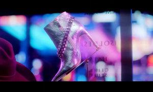 Fan cứng Kpop đoán MV chỉ qua... đôi giày (3)