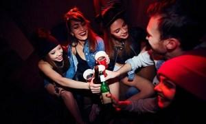 Sinh viên Mỹ tổ chức tiệc để xem 'ai nhiễm nCoV trước'