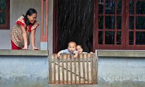 Indonesia khuyến cáo các cặp đôi 'sex thoải mái nhưng đừng có thai'