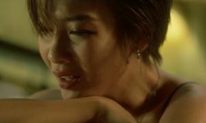 Khả Ngân trở lại với MV sặc mùi đau khổ vì... yêu