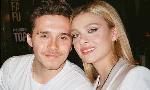 Cậu cả nhà Beckham cưới vợ ở tuổi 21