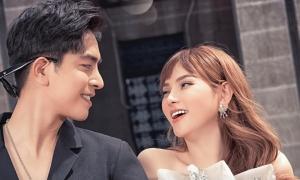 Thu Thủy hát cùng chồng nhân một năm ngày cưới