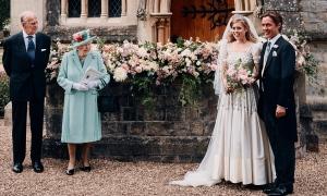 Hoàng gia Anh công bố ảnh đám cưới bí mật của công chúa Beatrice