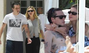 Gia đình Beckham và con dâu tương lai đi nghỉ dưỡng